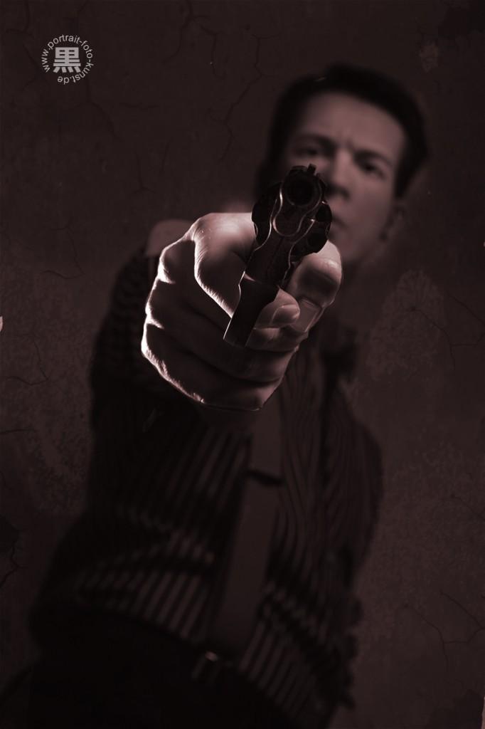 Gangster Revolver