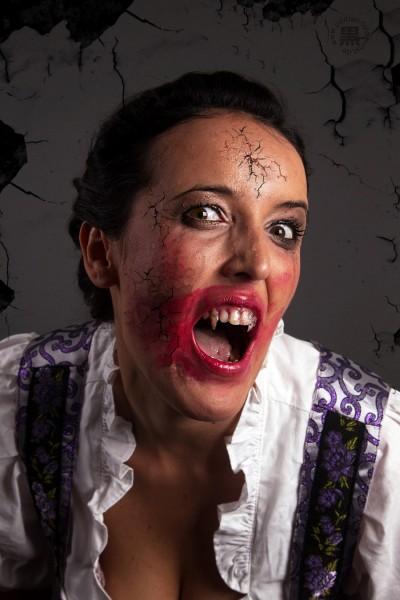 Vampir Portrait -Biss