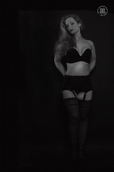 Dessous-schwarz-weiß