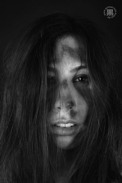 Headshot-schwarz-weiß