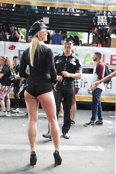 CSD-2015-Polizei