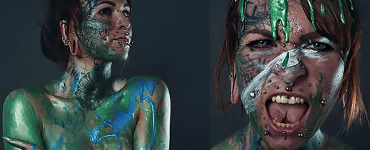 #Justcolor – Model Balea mit Nichts außer Farben!